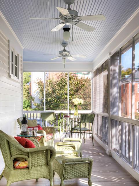 Jak samodzielnie wykonać aranżacje balkonu?